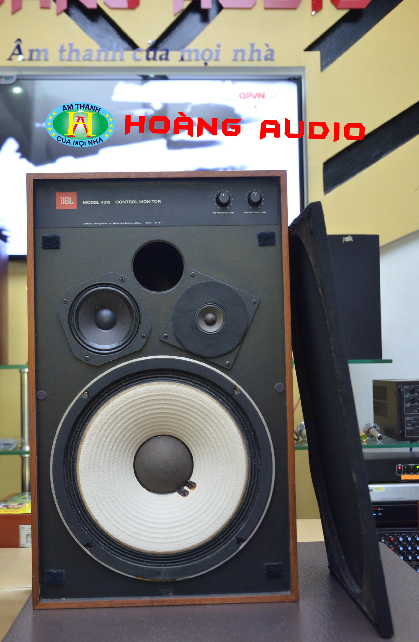 Thumbnail image for Tư vấn chọn loa cho dàn âm thanh nghe nhạc vàng