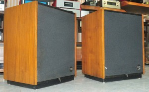 Post image for Loa Altec Lansing Santana II