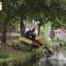 Thumbnail image for Loa rơi xuống nước vẫn kêu ầm ầm